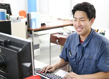 金型事業部・技術 深谷 2015年2月入社